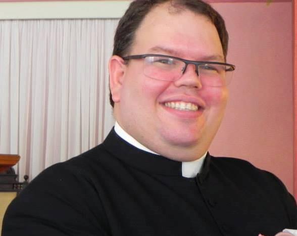Pe. Carlos Magno Santana da Costa