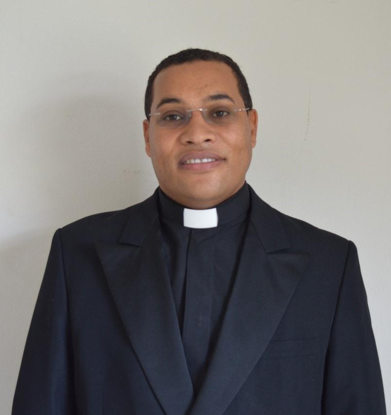Pe. Adilson Pereira Souza